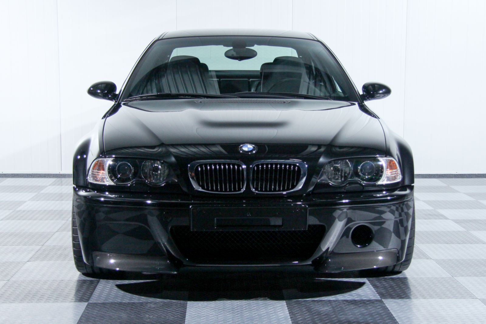 Black_BMW_M3-CSL_0001
