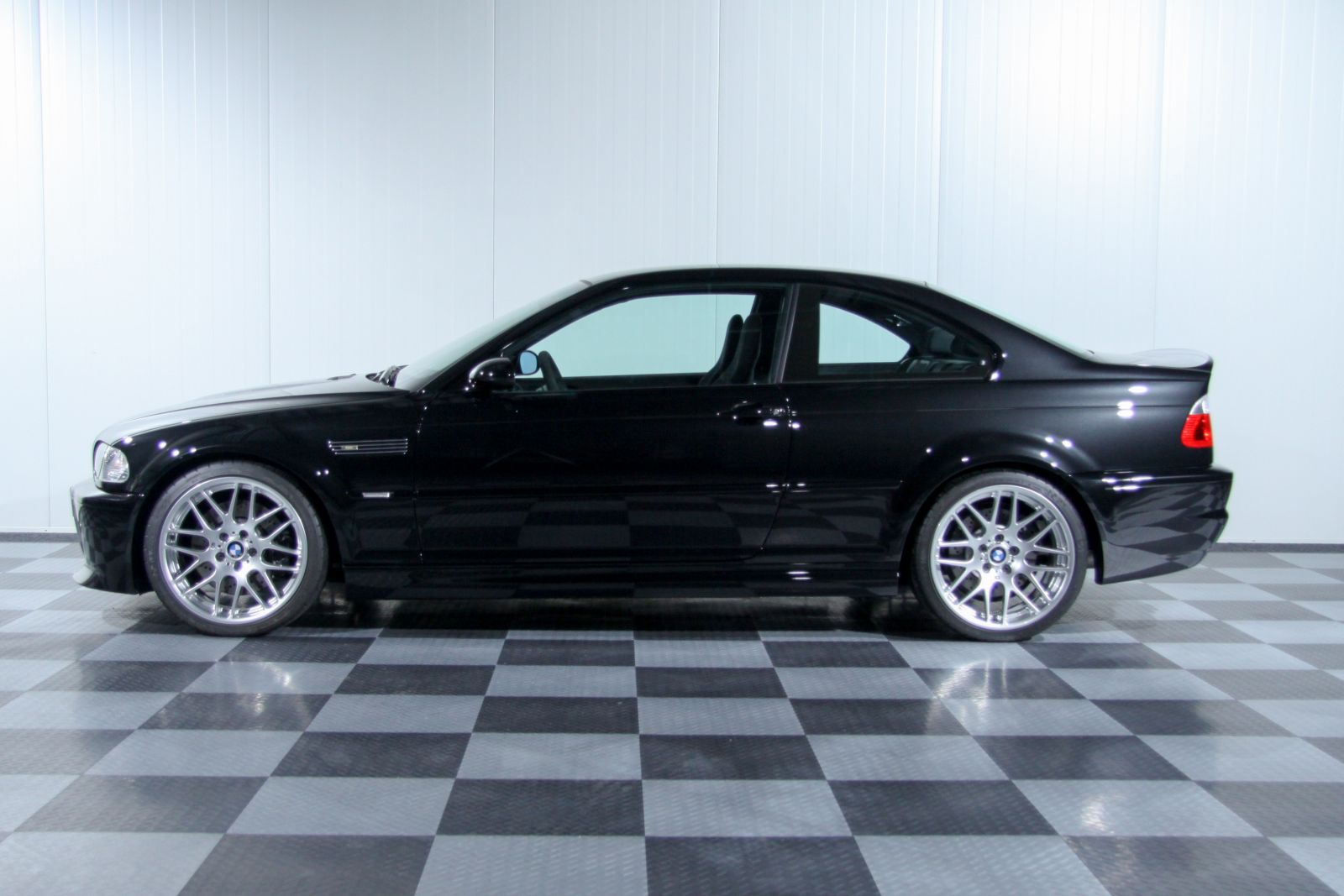 Black_BMW_M3-CSL_0008