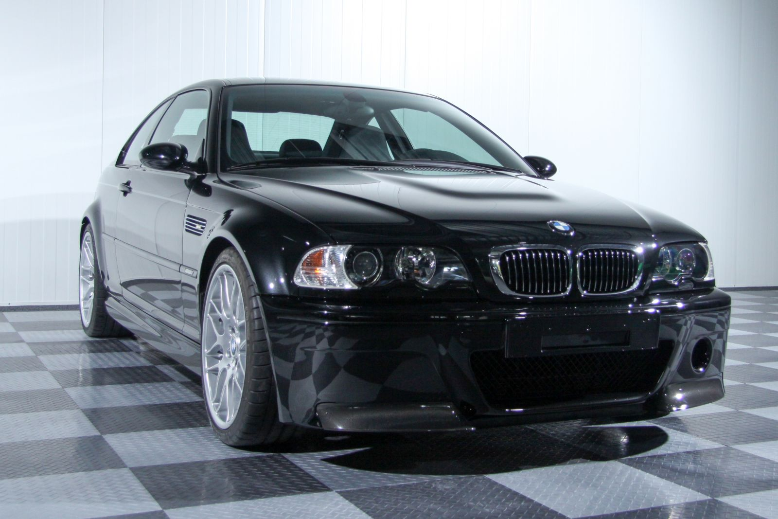 Black_BMW_M3-CSL_0012