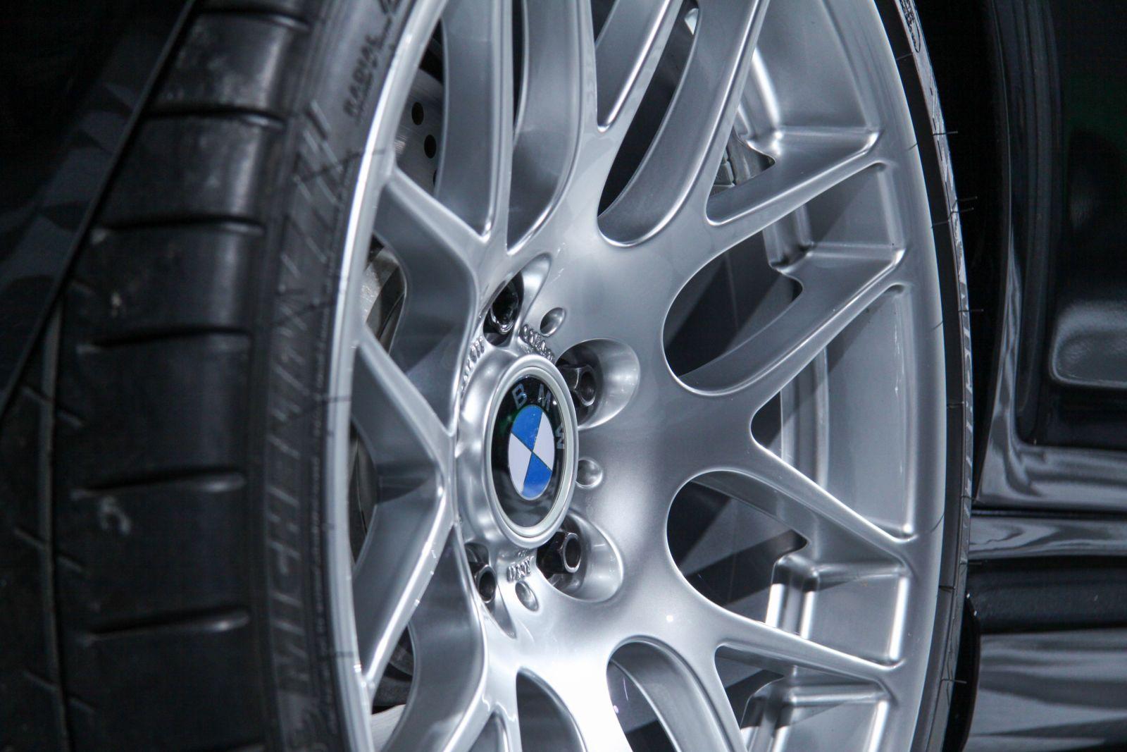 Black_BMW_M3-CSL_0015