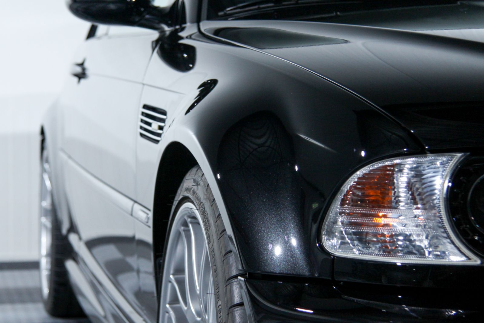 Black_BMW_M3-CSL_0031