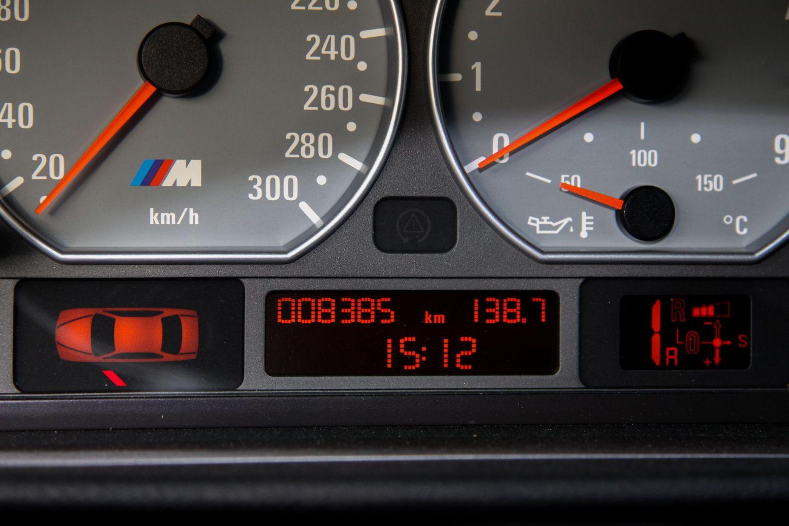 Black_BMW_M3-CSL_0042