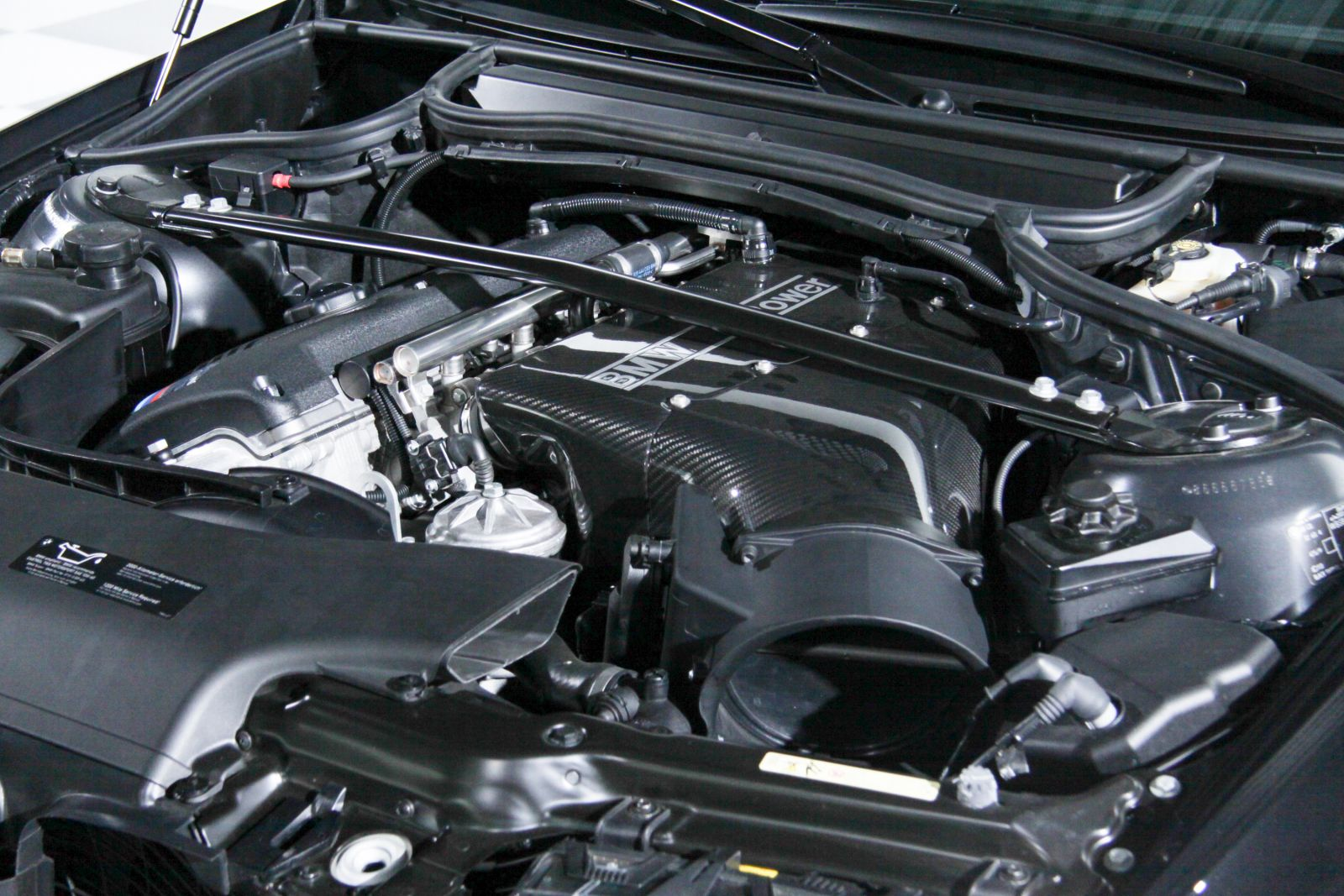 Black_BMW_M3-CSL_0057