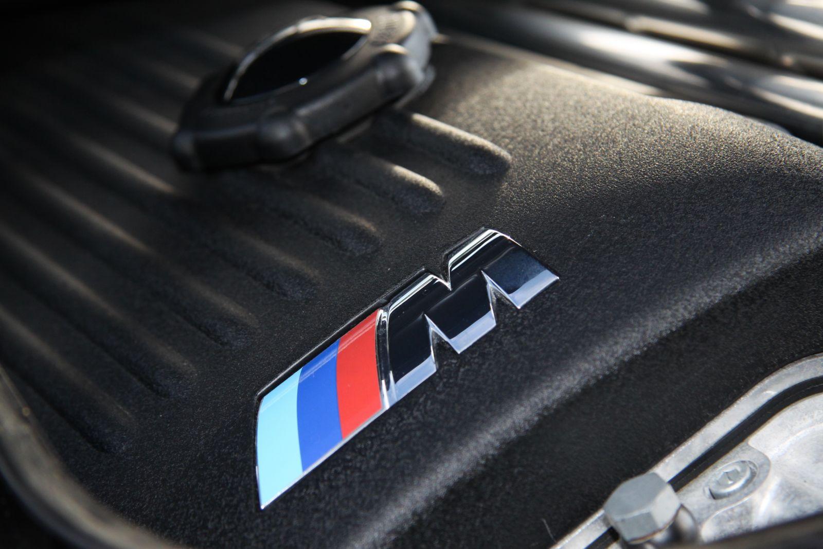 Black_BMW_M3-CSL_0059