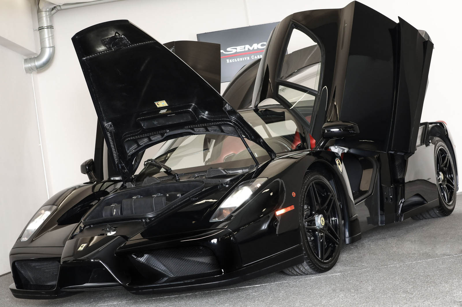 Black Ferrari Enzo for sale (2)