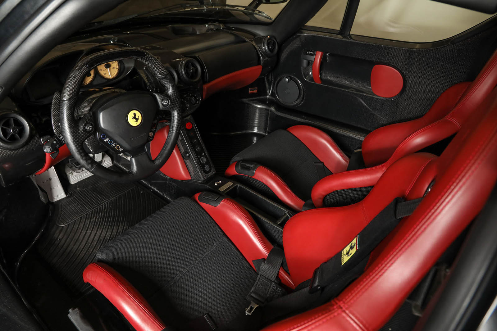 Black Ferrari Enzo for sale (7)