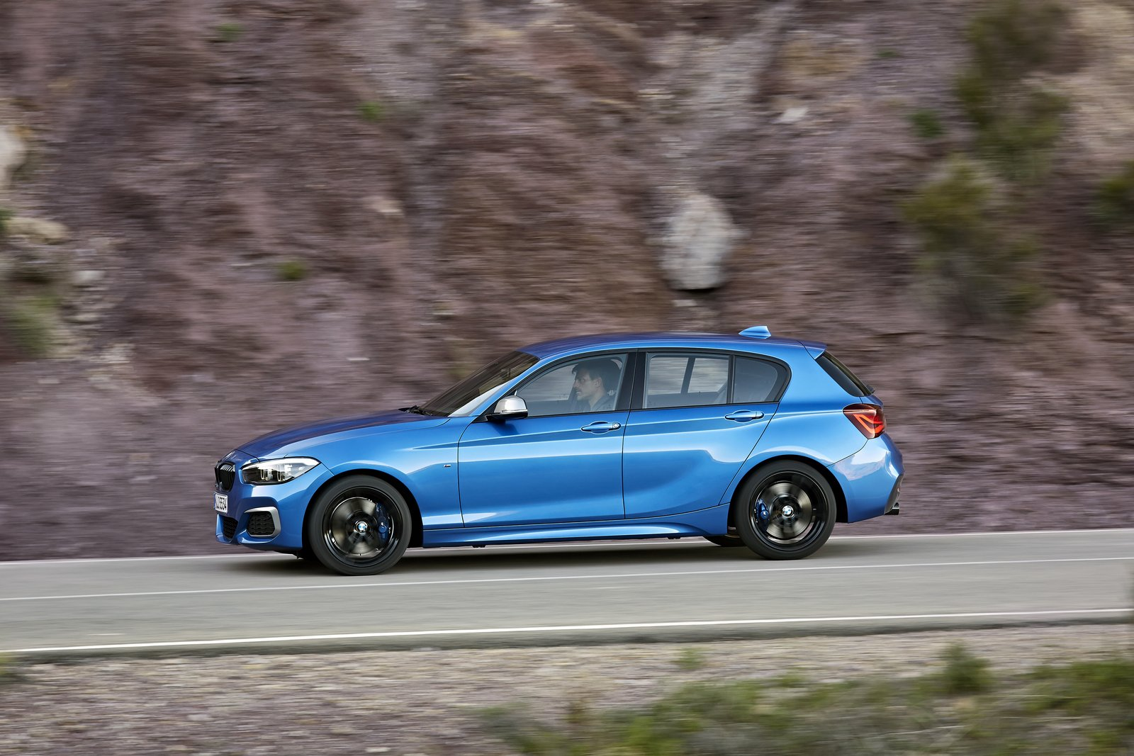 BMW 1-Series facelift 2018 (18)