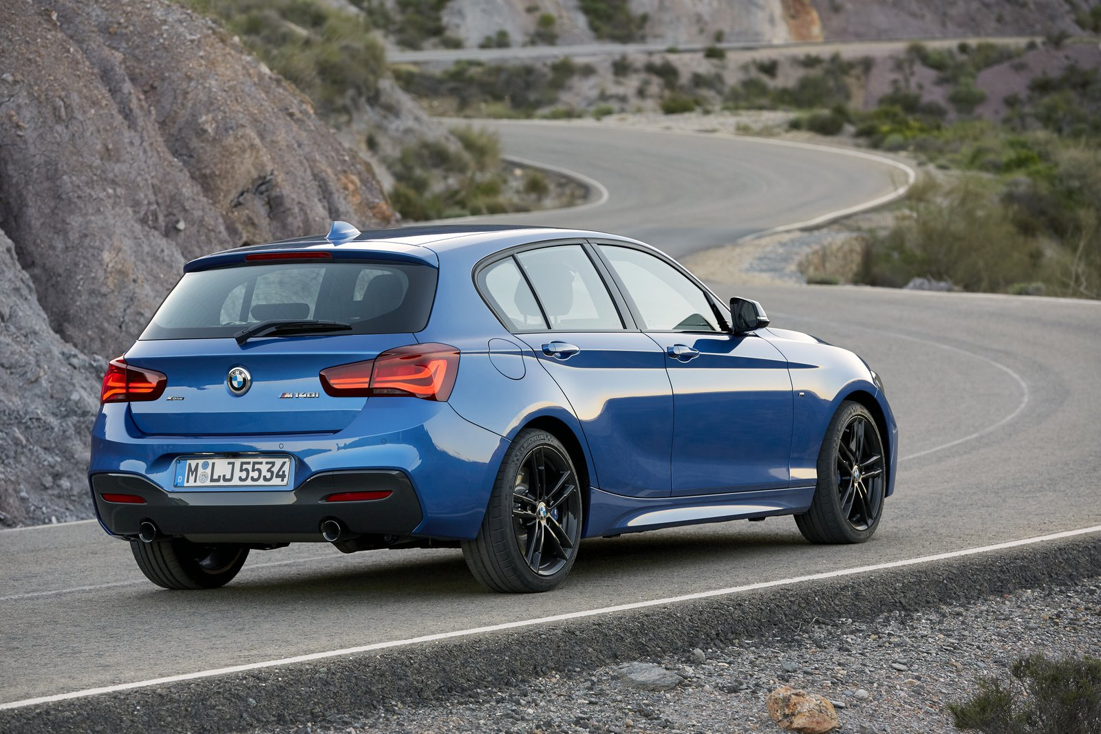 BMW 1-Series facelift 2018 (19)