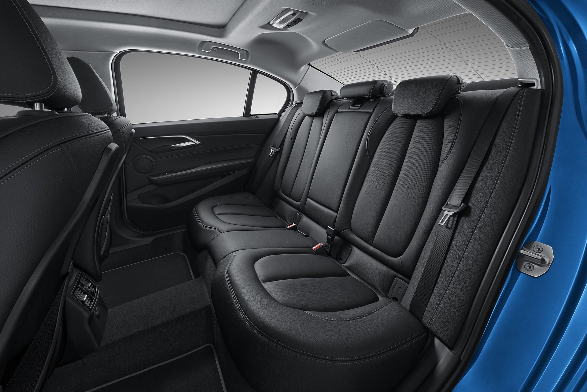 BMW 1-Series Sedan 2017 (12)