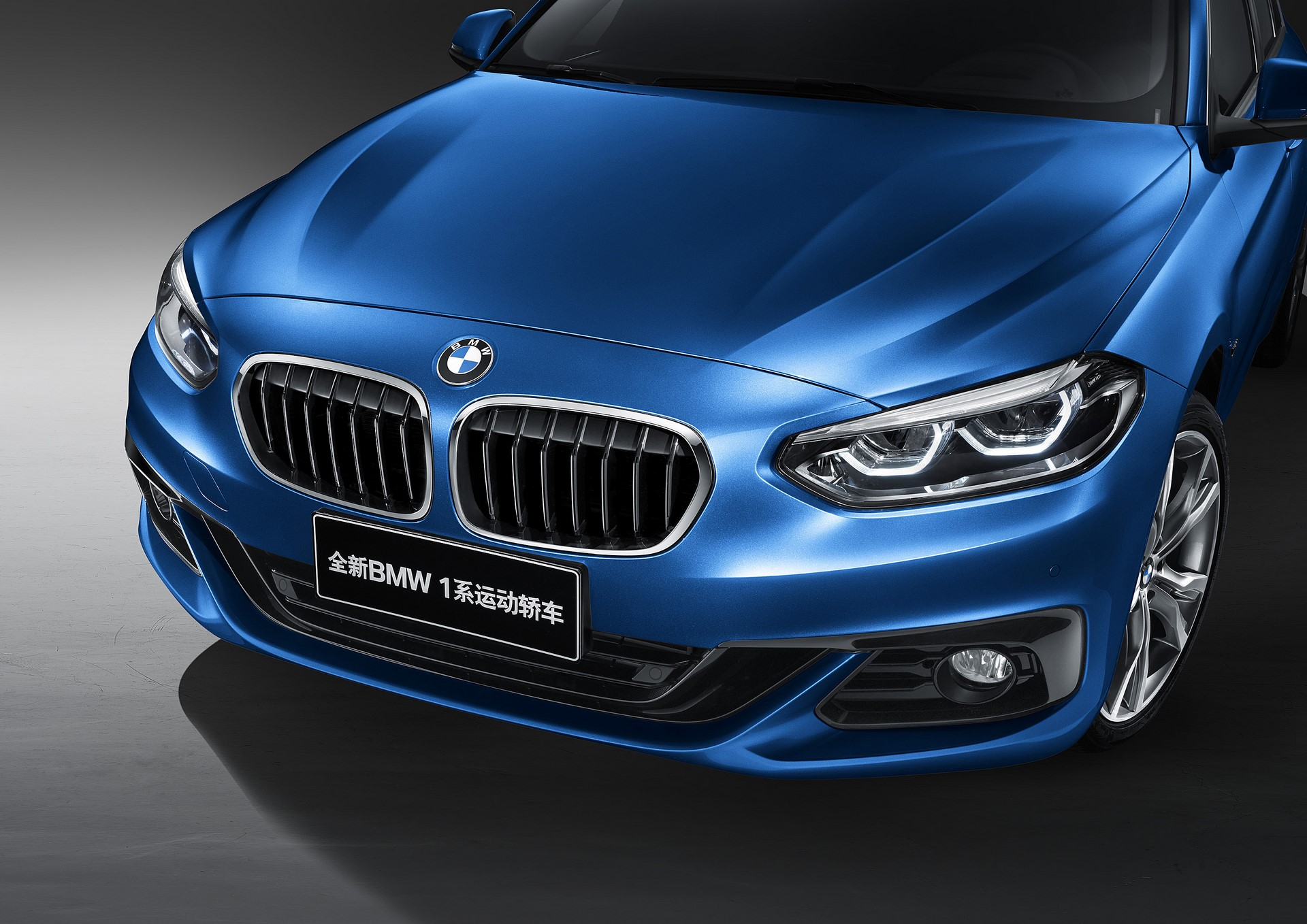 BMW 1-Series Sedan 2017 (5)