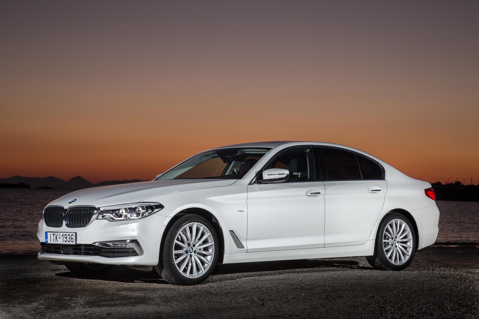 BMW_5_Series_Luxury_Line_11