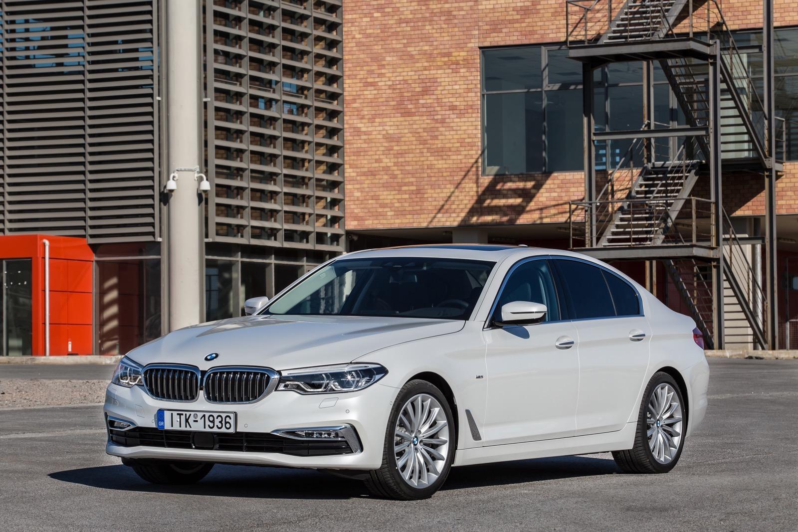 BMW_5_Series_Luxury_Line_12