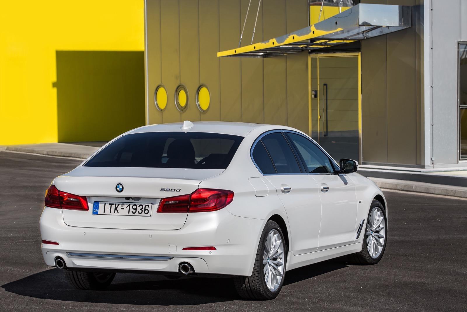 BMW_5_Series_Luxury_Line_15