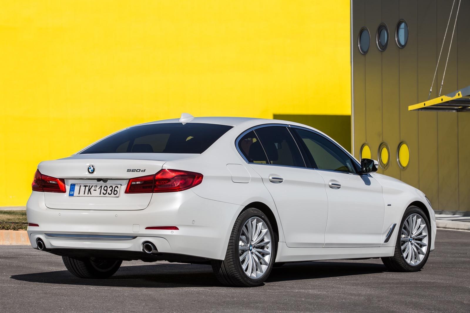 BMW_5_Series_Luxury_Line_18