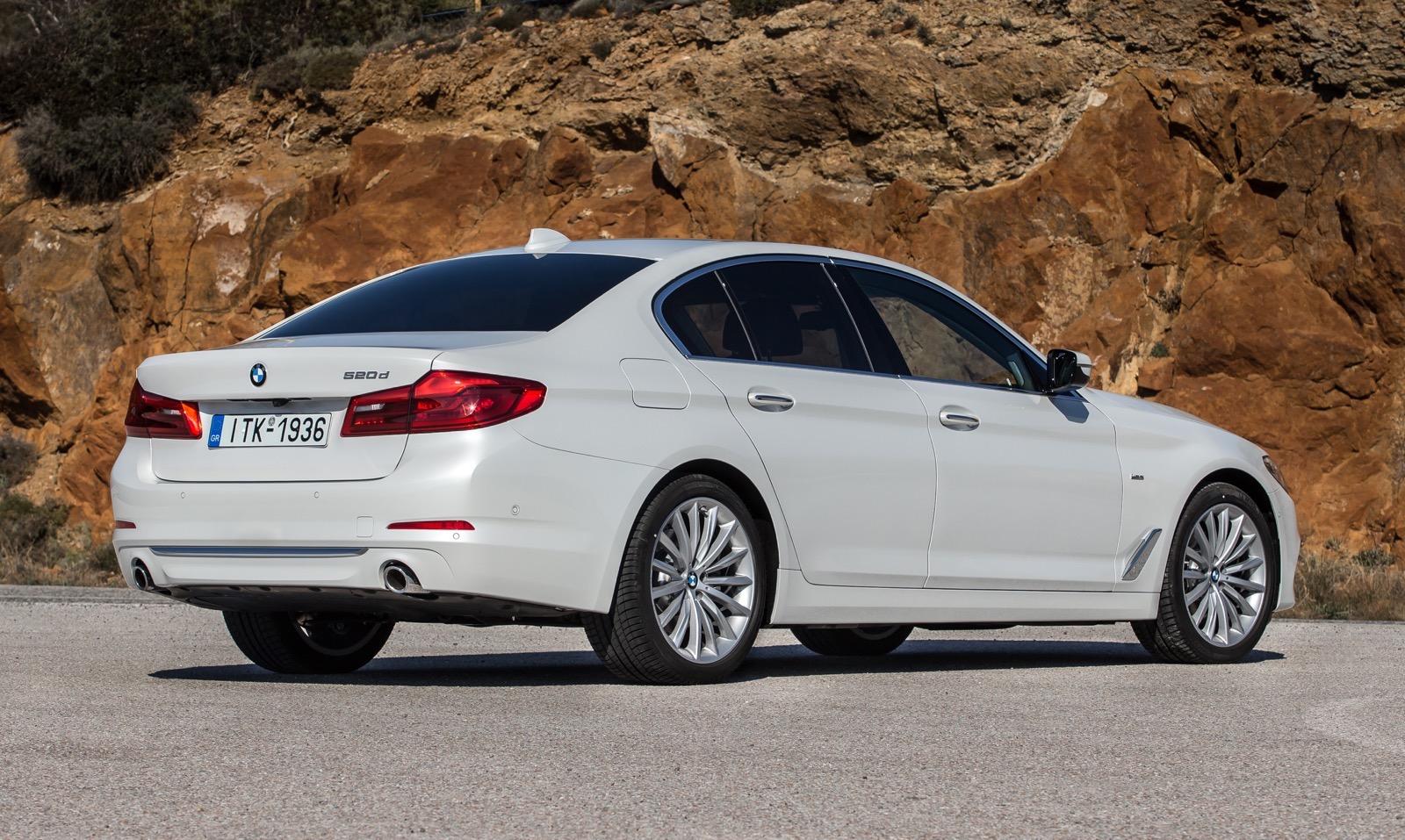 BMW_5_Series_Luxury_Line_19