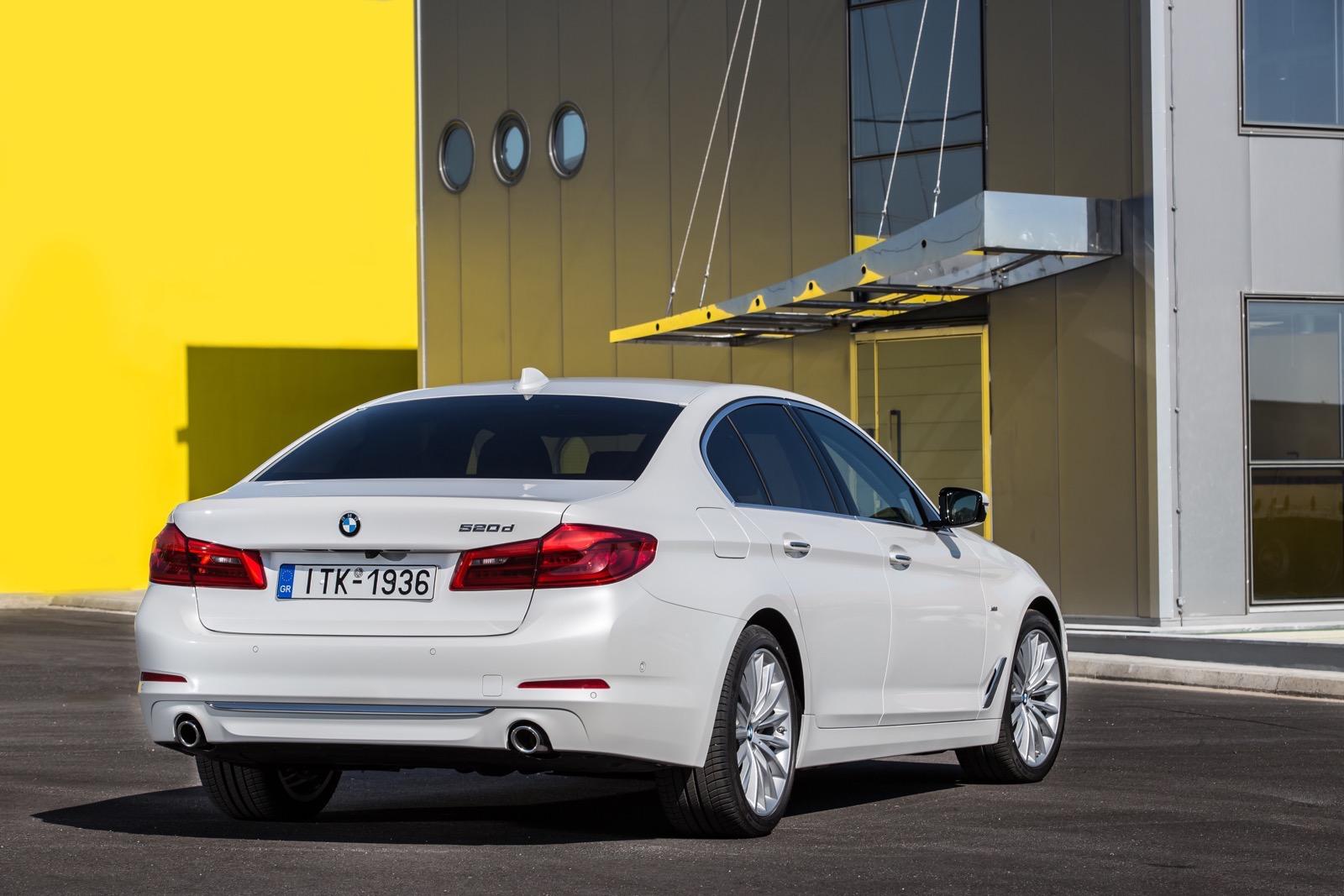 BMW_5_Series_Luxury_Line_20