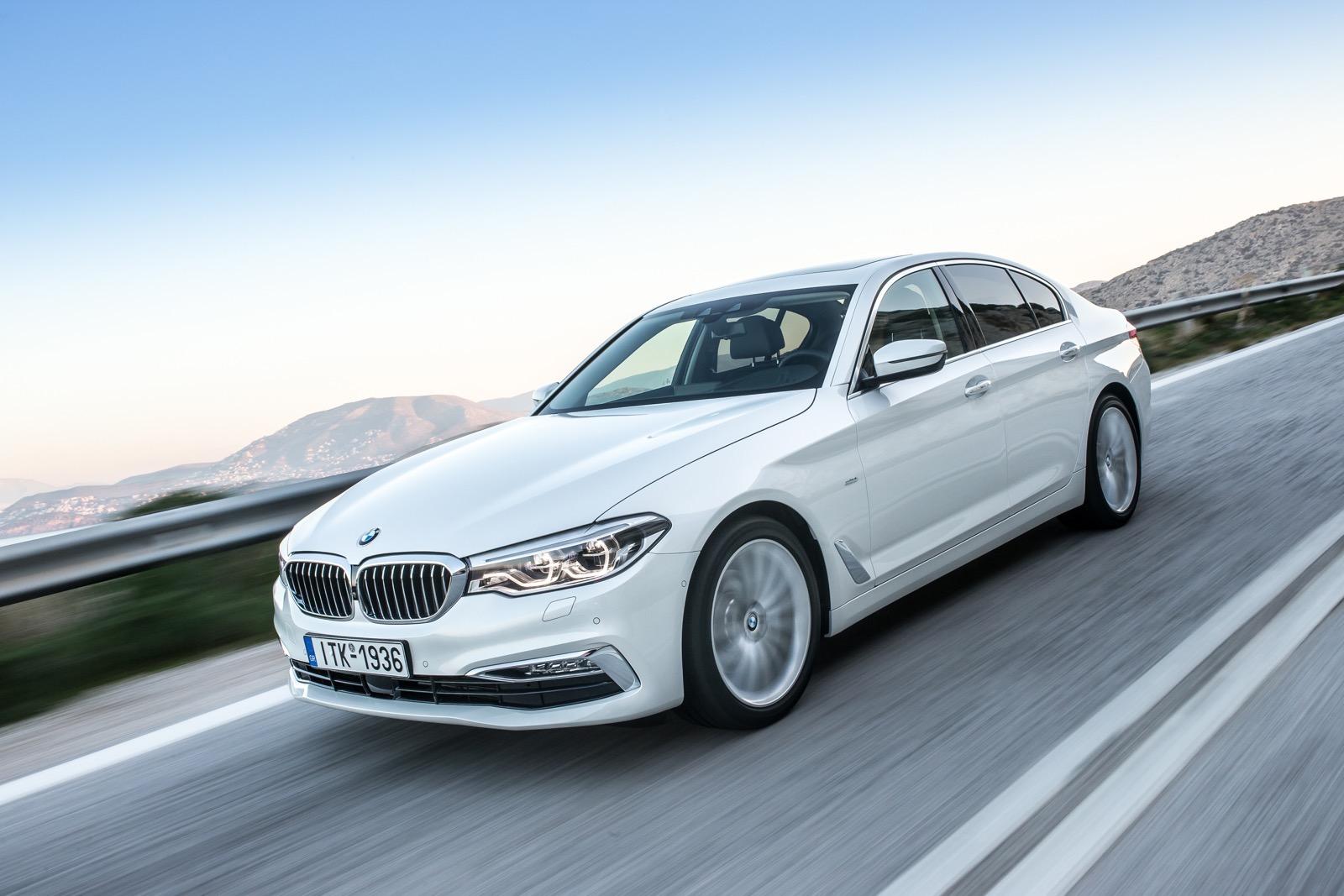 BMW_5_Series_Luxury_Line_24