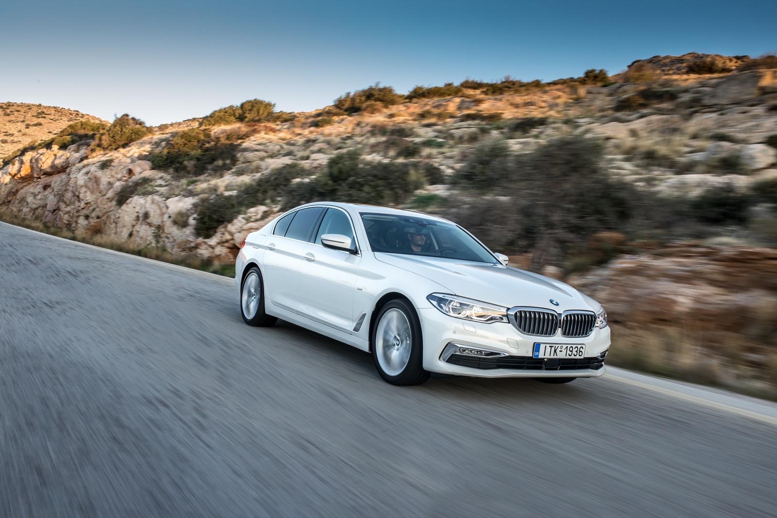 BMW_5_Series_Luxury_Line_25