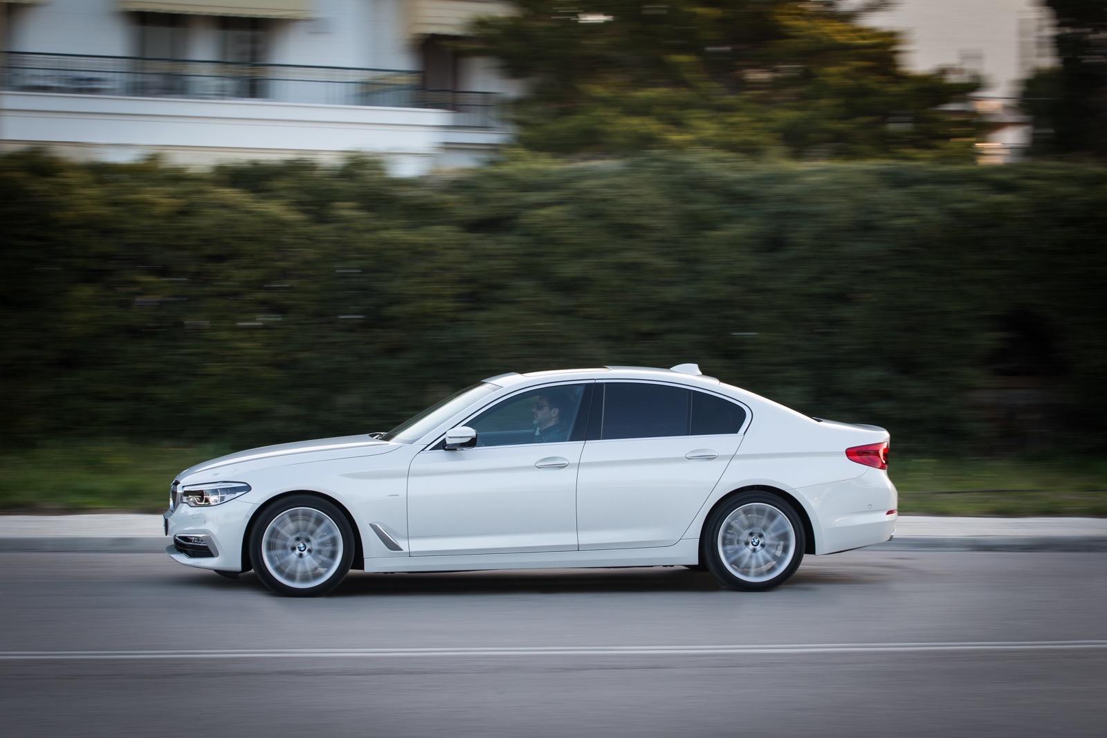 BMW_5_Series_Luxury_Line_27
