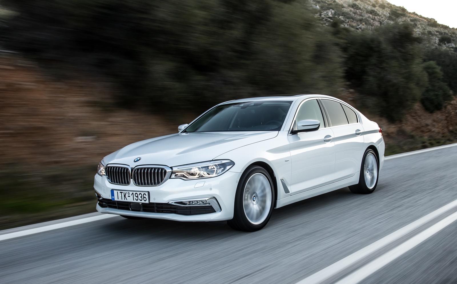 BMW_5_Series_Luxury_Line_30