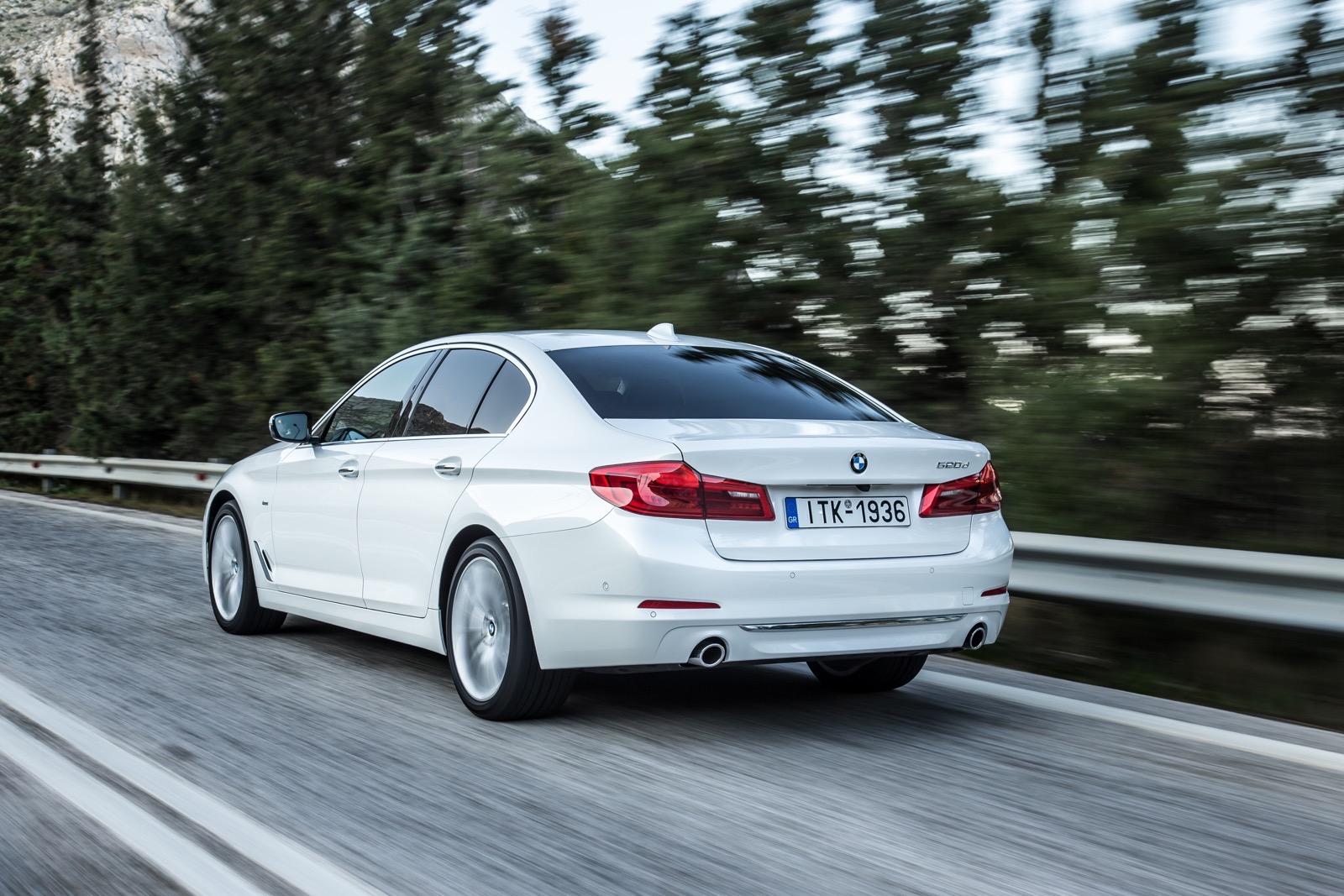 BMW_5_Series_Luxury_Line_31