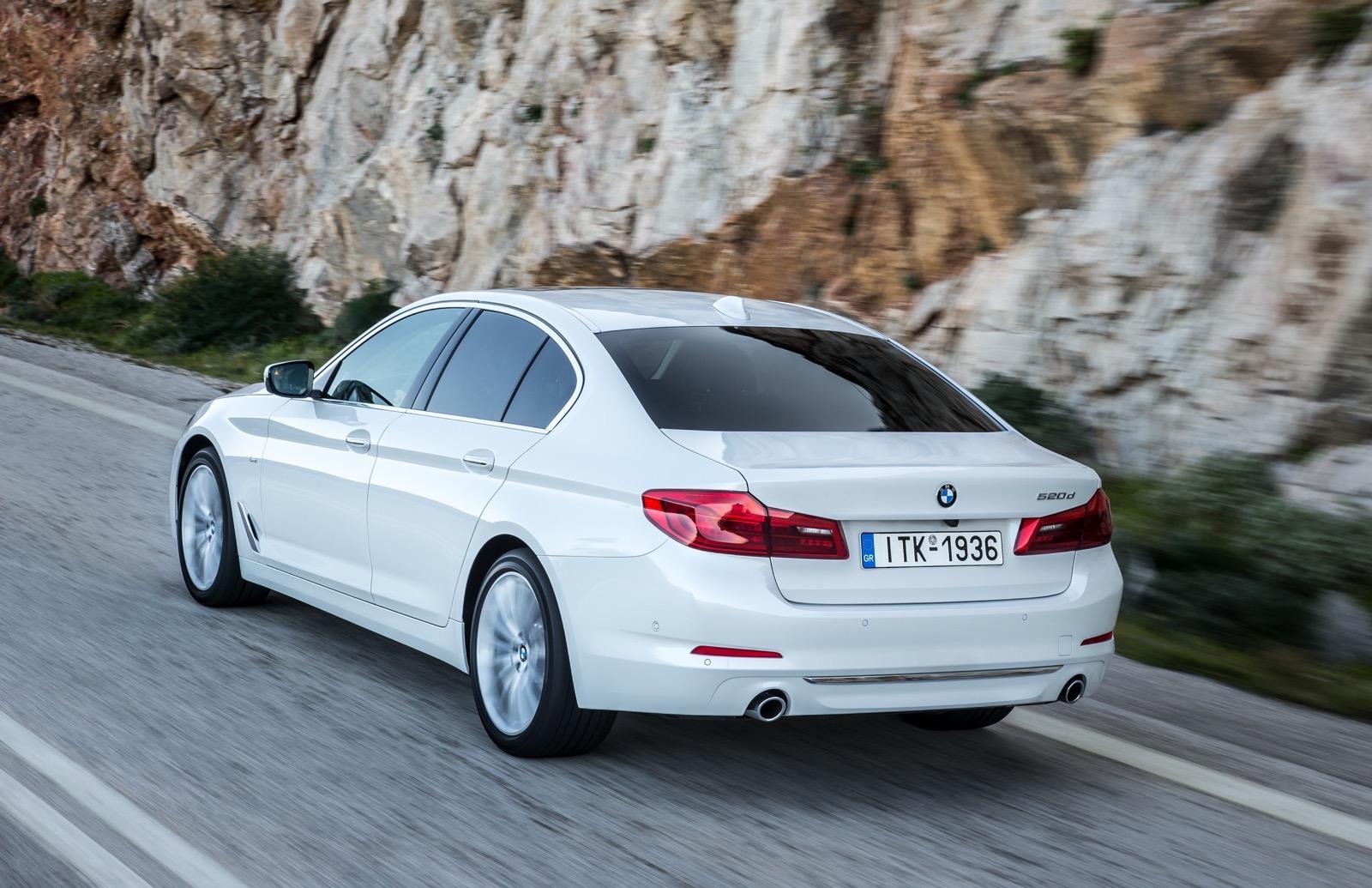 BMW_5_Series_Luxury_Line_33