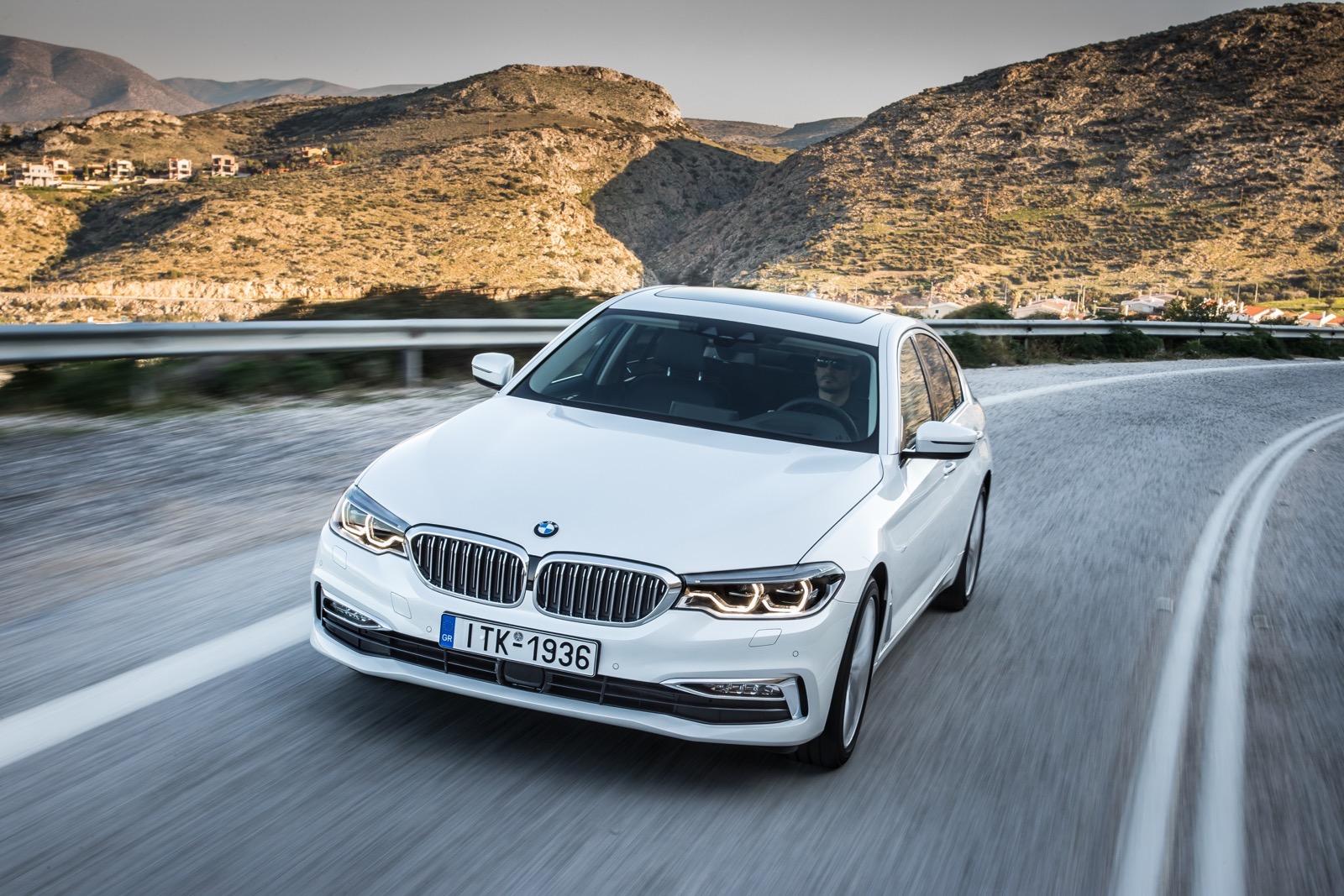 BMW_5_Series_Luxury_Line_35
