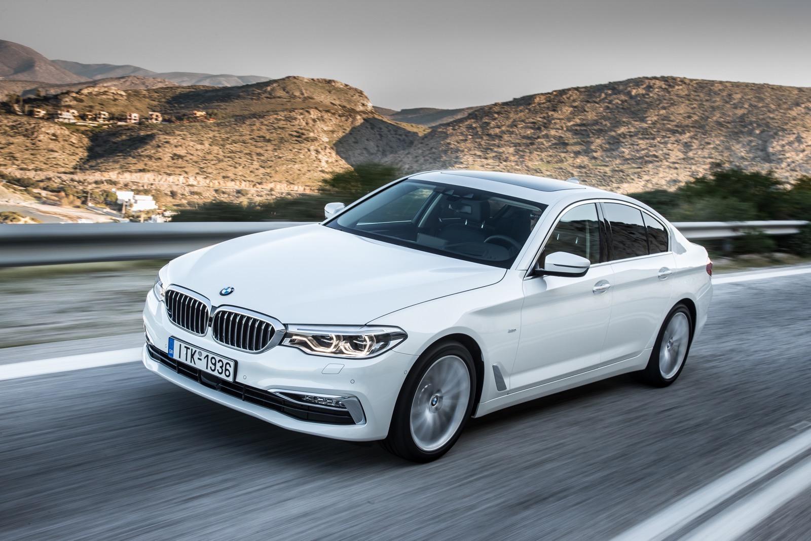 BMW_5_Series_Luxury_Line_36