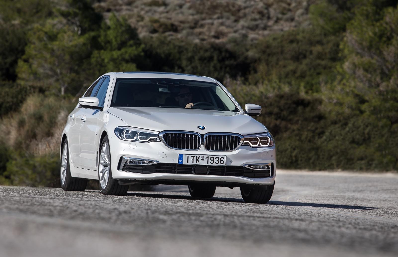 BMW_5_Series_Luxury_Line_37