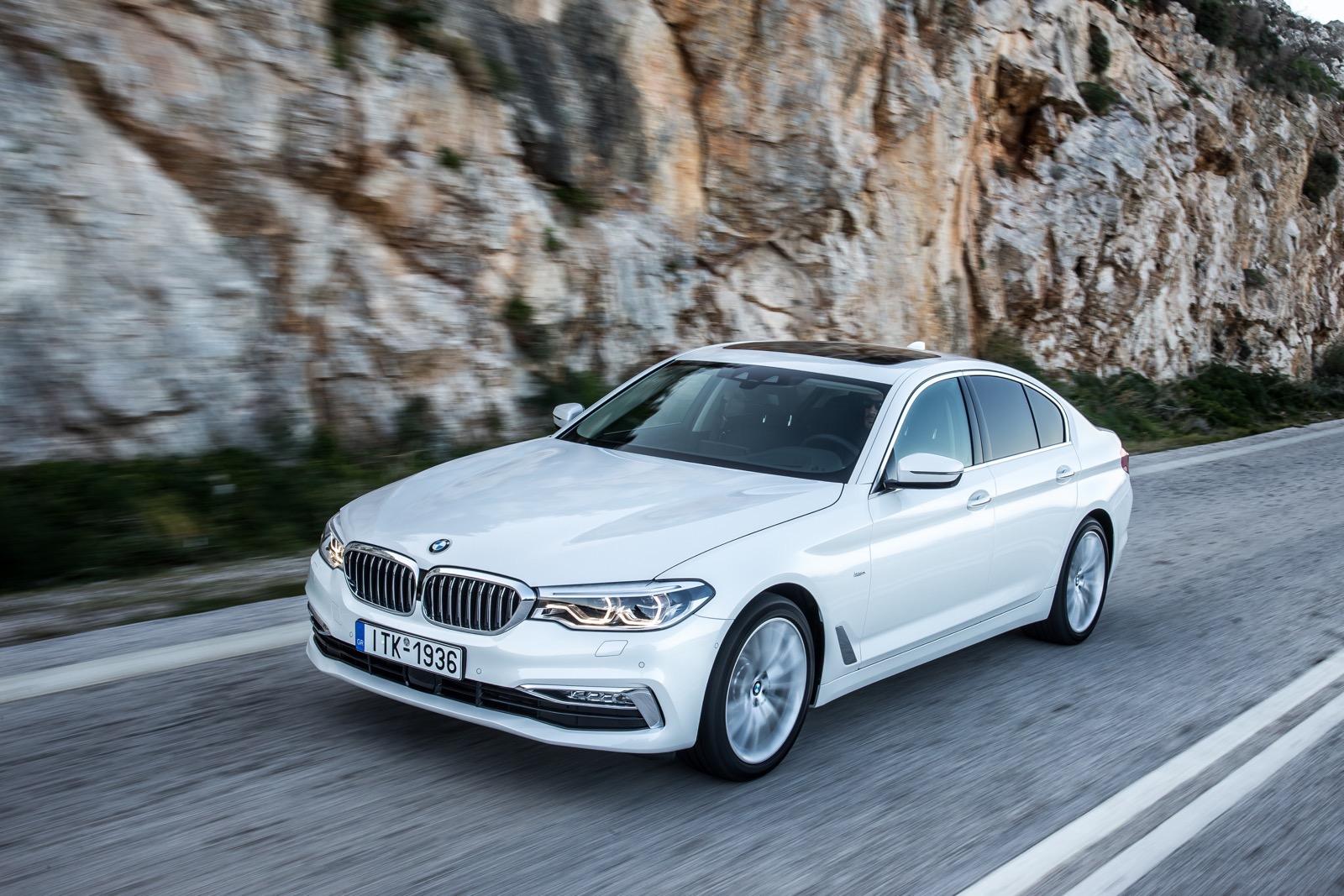 BMW_5_Series_Luxury_Line_45