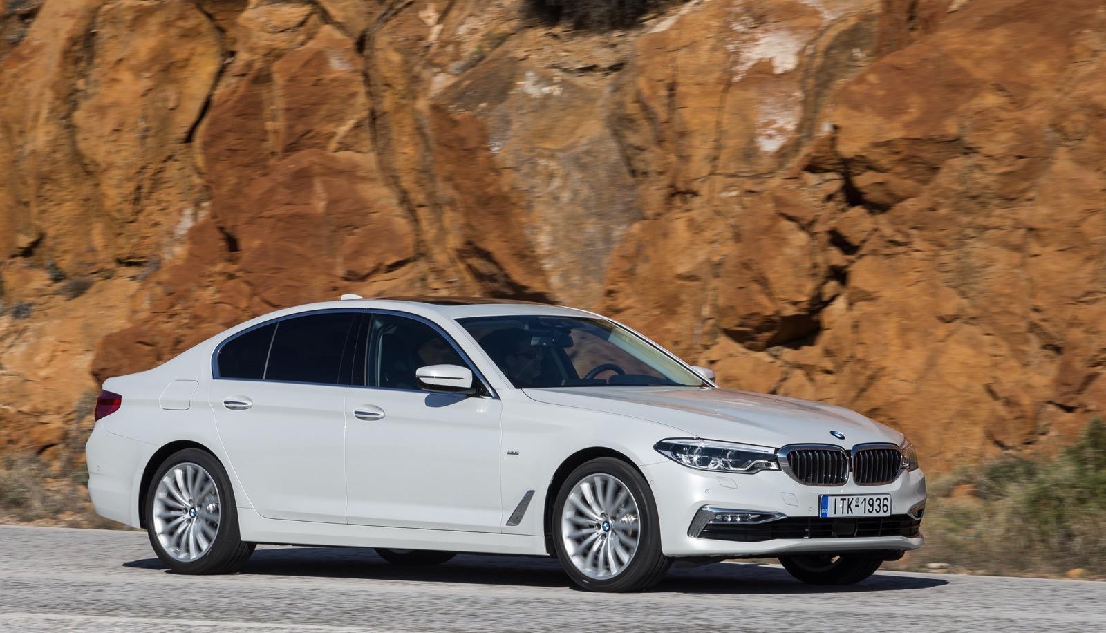 BMW_5_Series_Luxury_Line_48