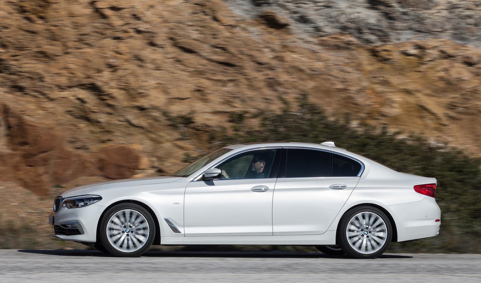 BMW_5_Series_Luxury_Line_53