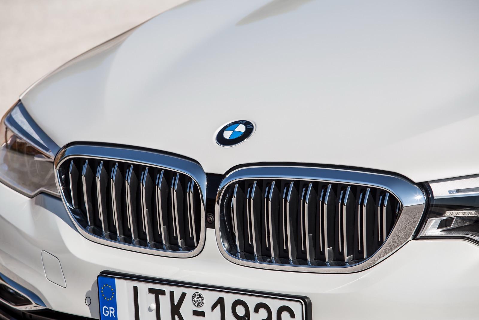 BMW_5_Series_Luxury_Line_60