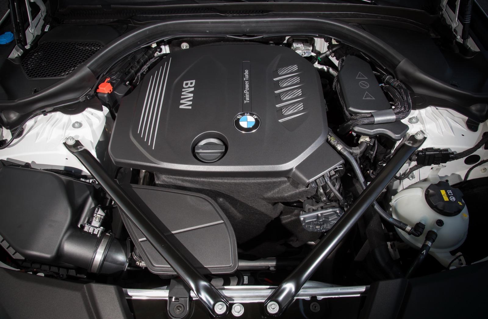 BMW_5_Series_Luxury_Line_75