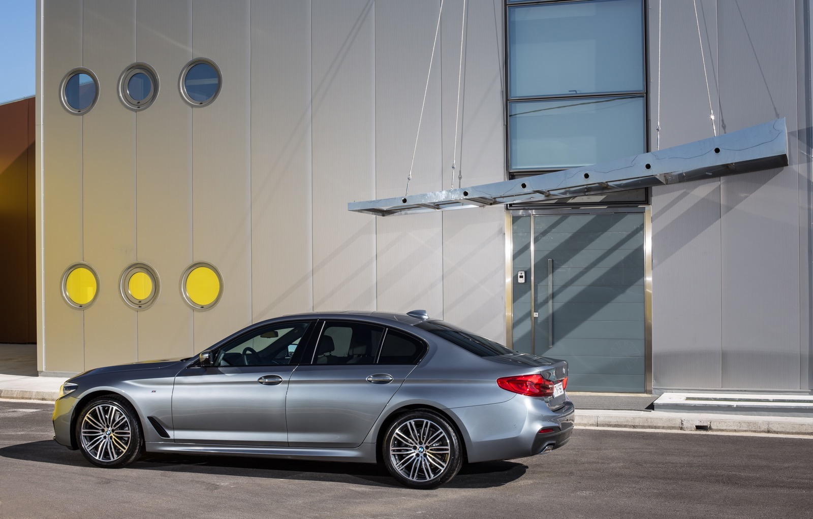 BMW_5_Series_M_sport_26