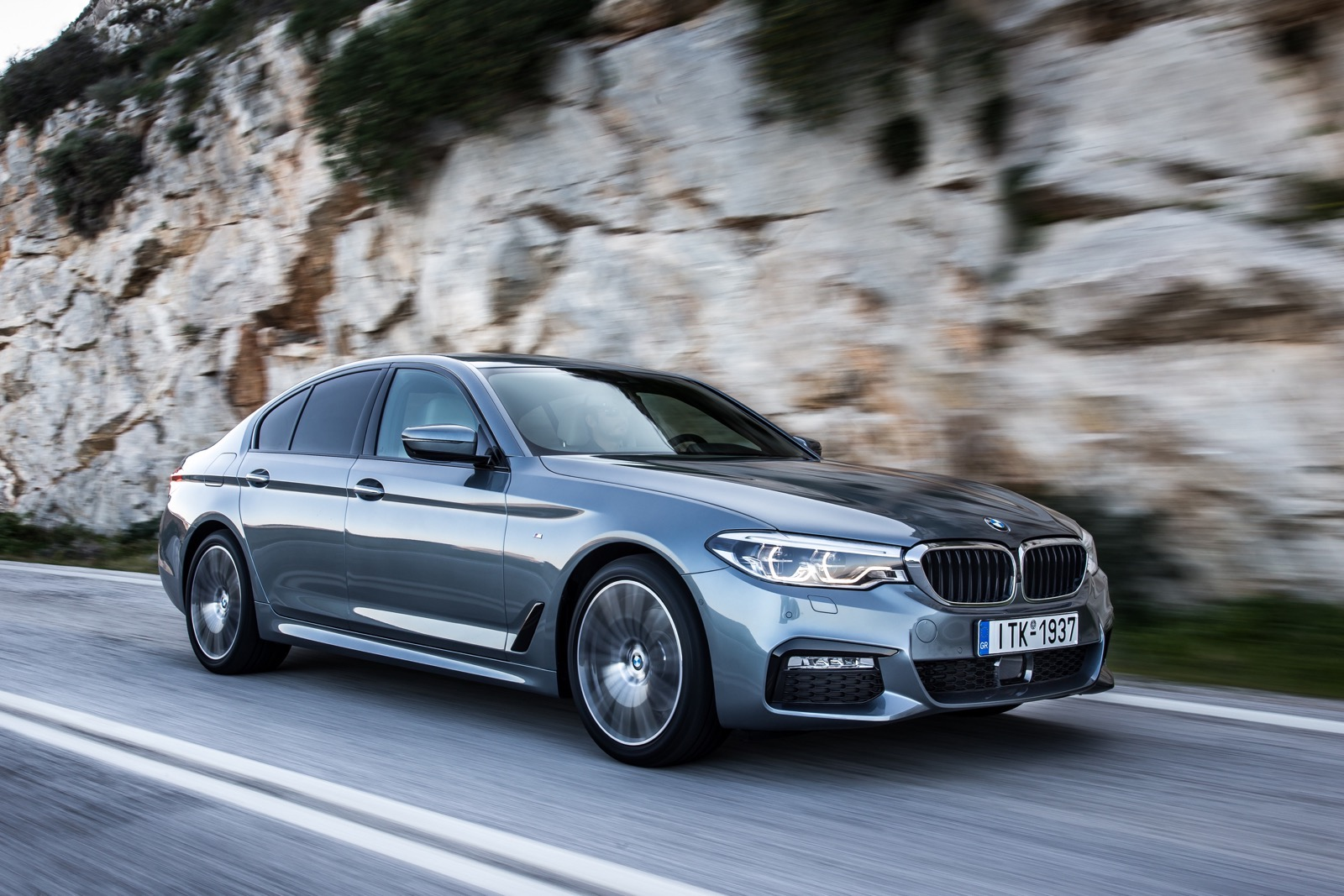 BMW_5_Series_M_sport_34