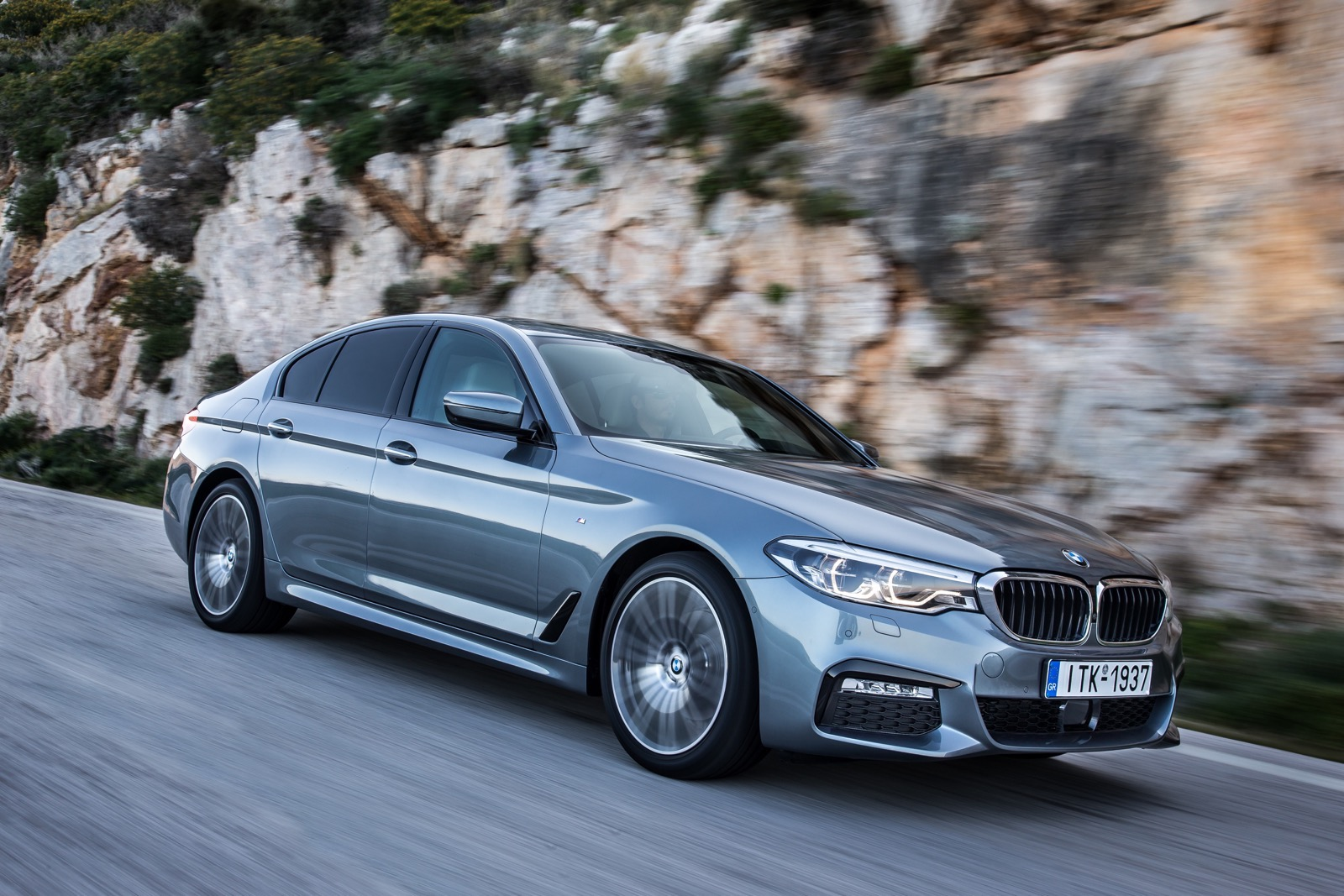 BMW_5_Series_M_sport_37