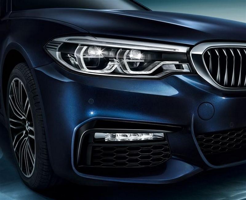 BMW 5-Series Li 2017 (2)