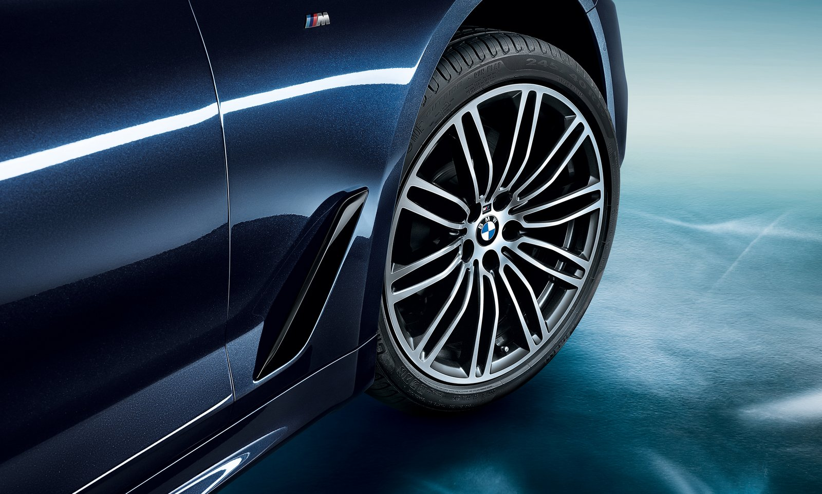 BMW 5-Series Long Wheelbase 2018 (13)