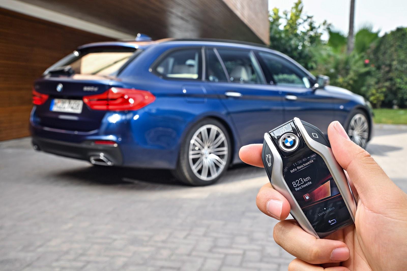 2018-BMW-5-Series-Touring-46
