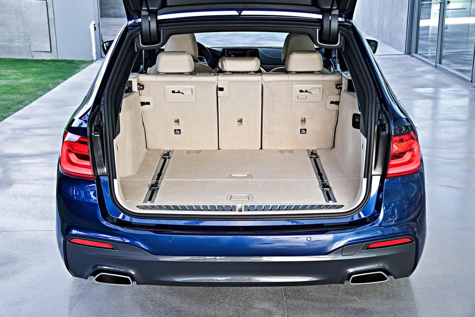 2018-BMW-5-Series-Touring-49
