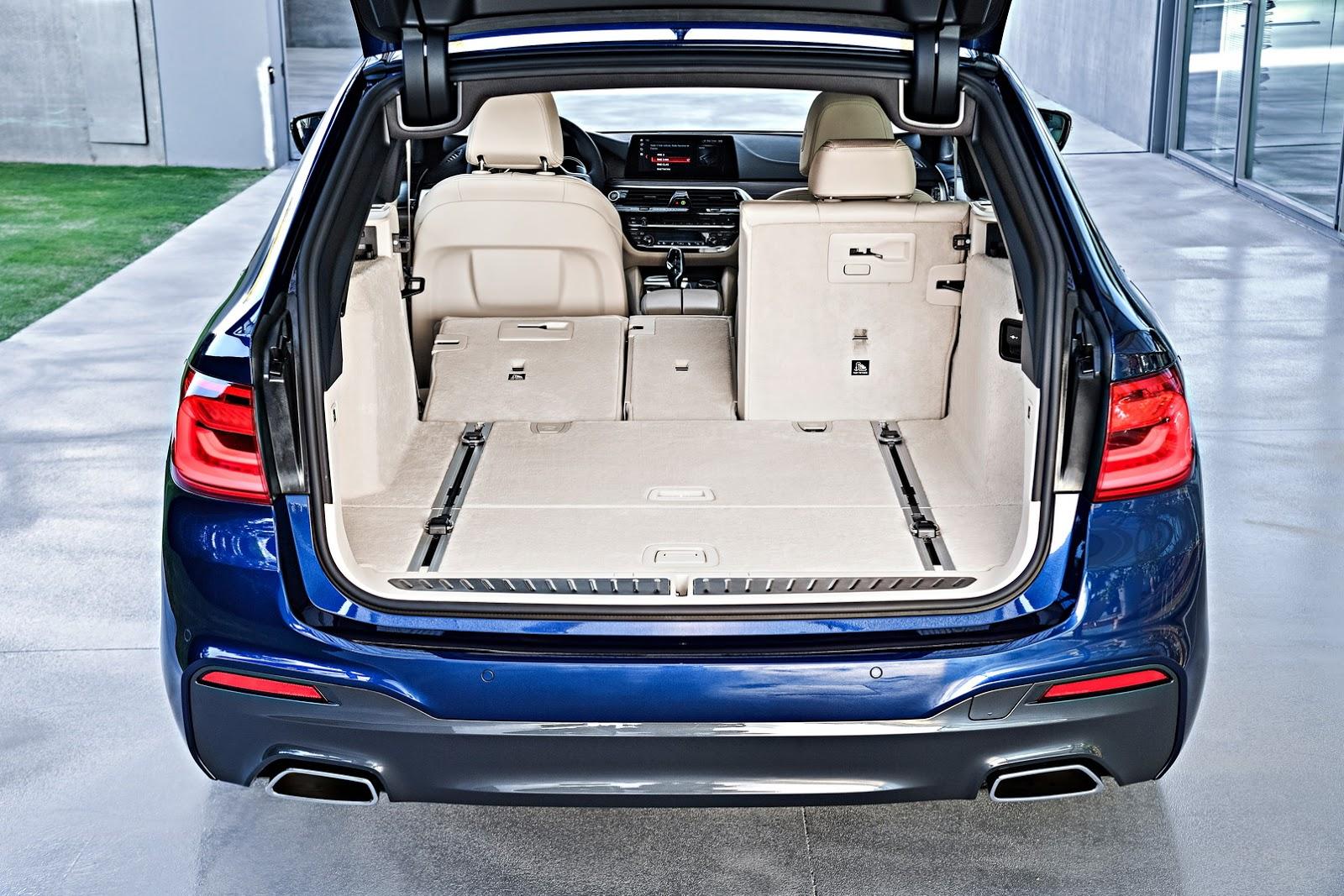 2018-BMW-5-Series-Touring-50