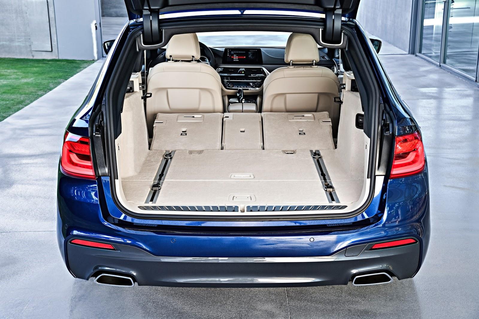 2018-BMW-5-Series-Touring-52