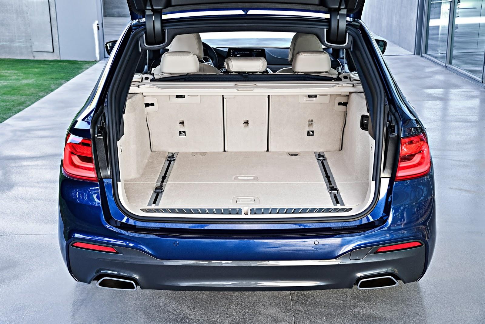 2018-BMW-5-Series-Touring-53