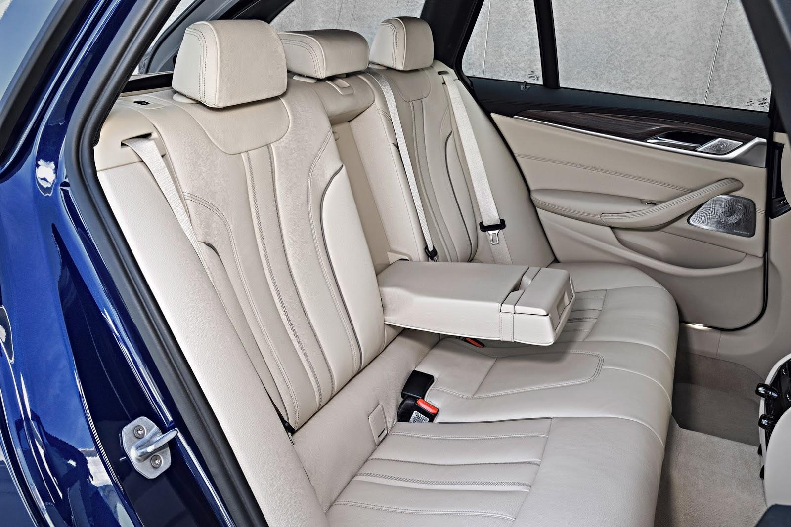 2018-BMW-5-Series-Touring-64