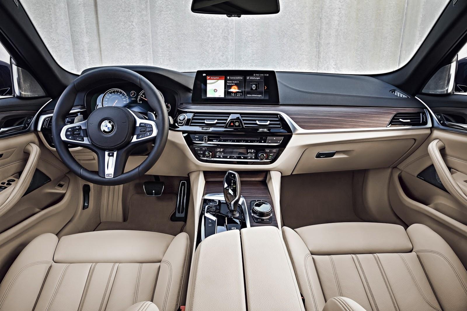 2018-BMW-5-Series-Touring-66
