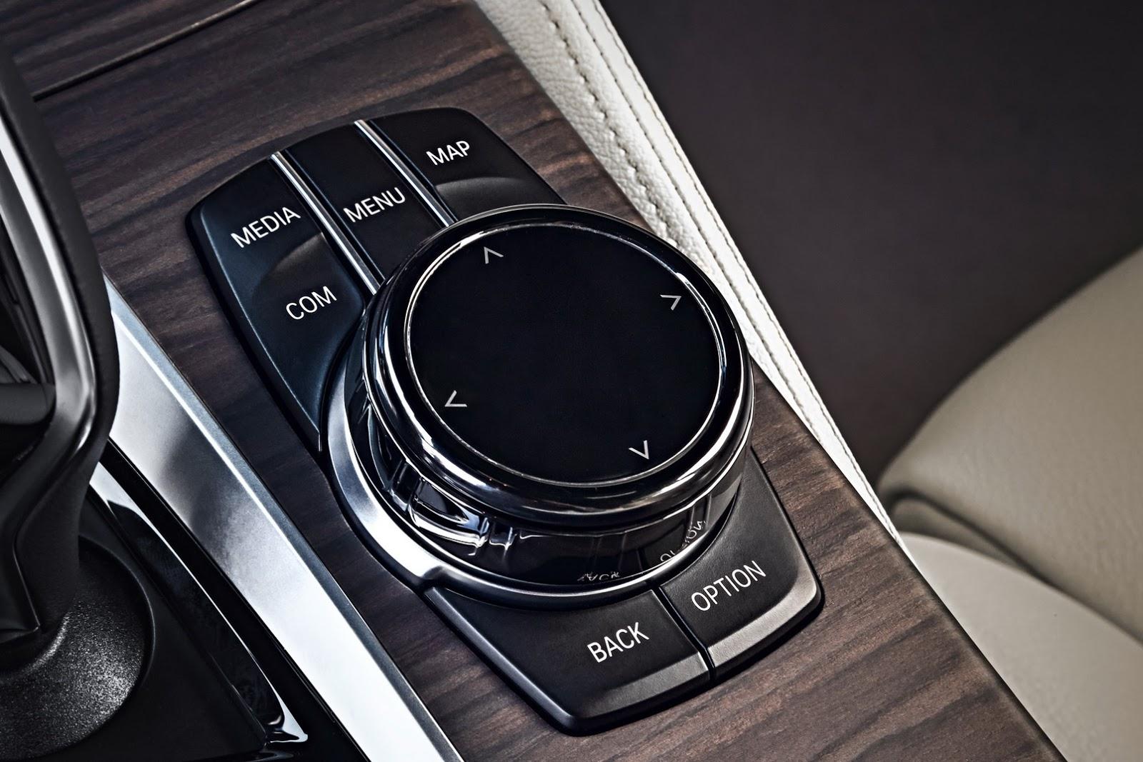 2018-BMW-5-Series-Touring-69