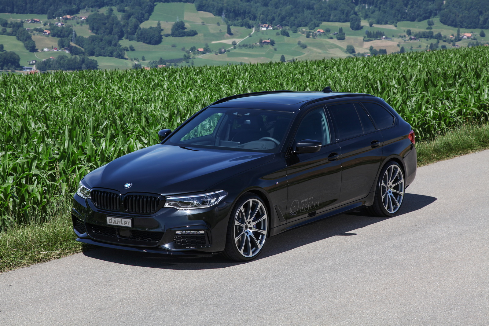 BMW_540i_Touring_by_Dahler_18