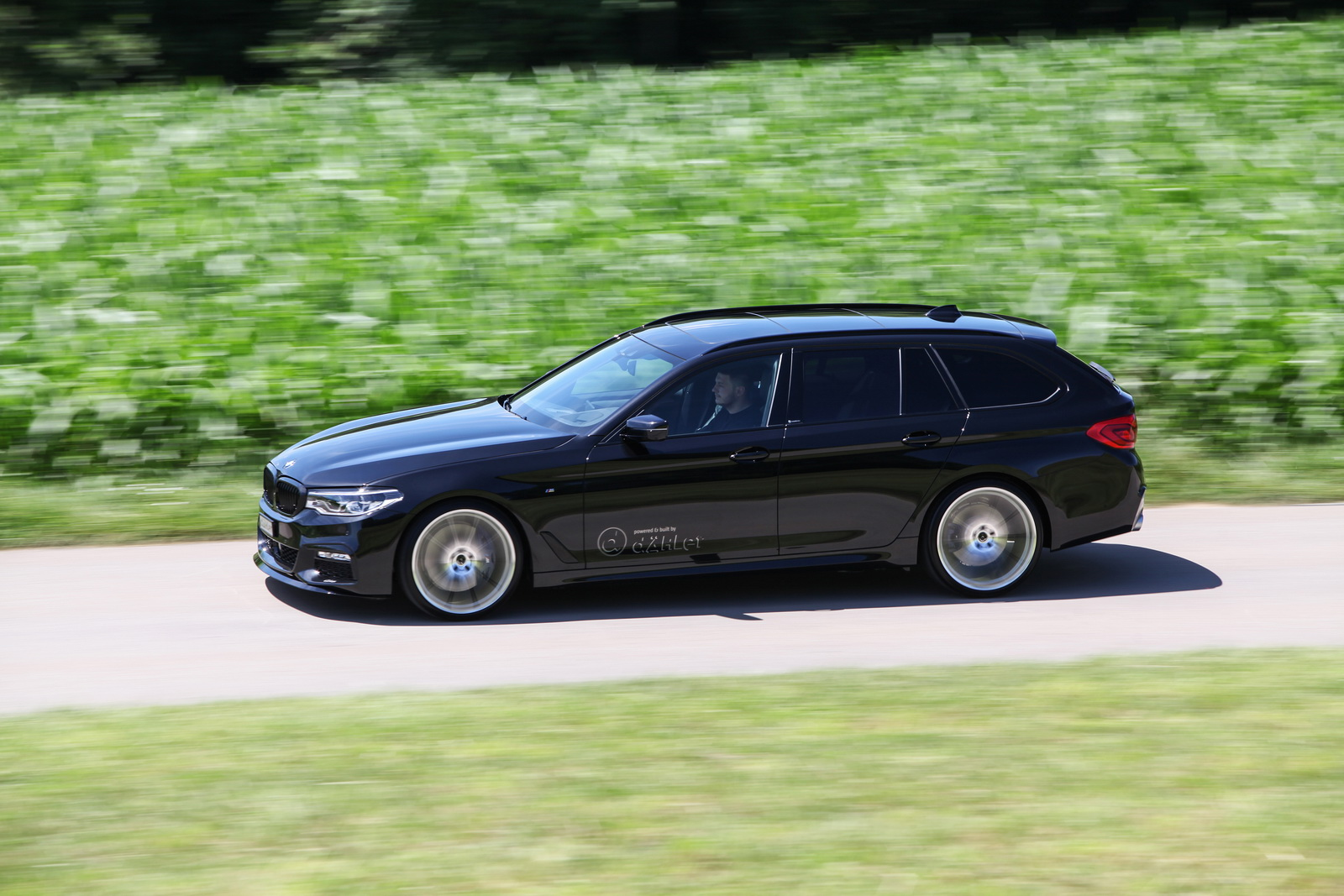BMW_540i_Touring_by_Dahler_19