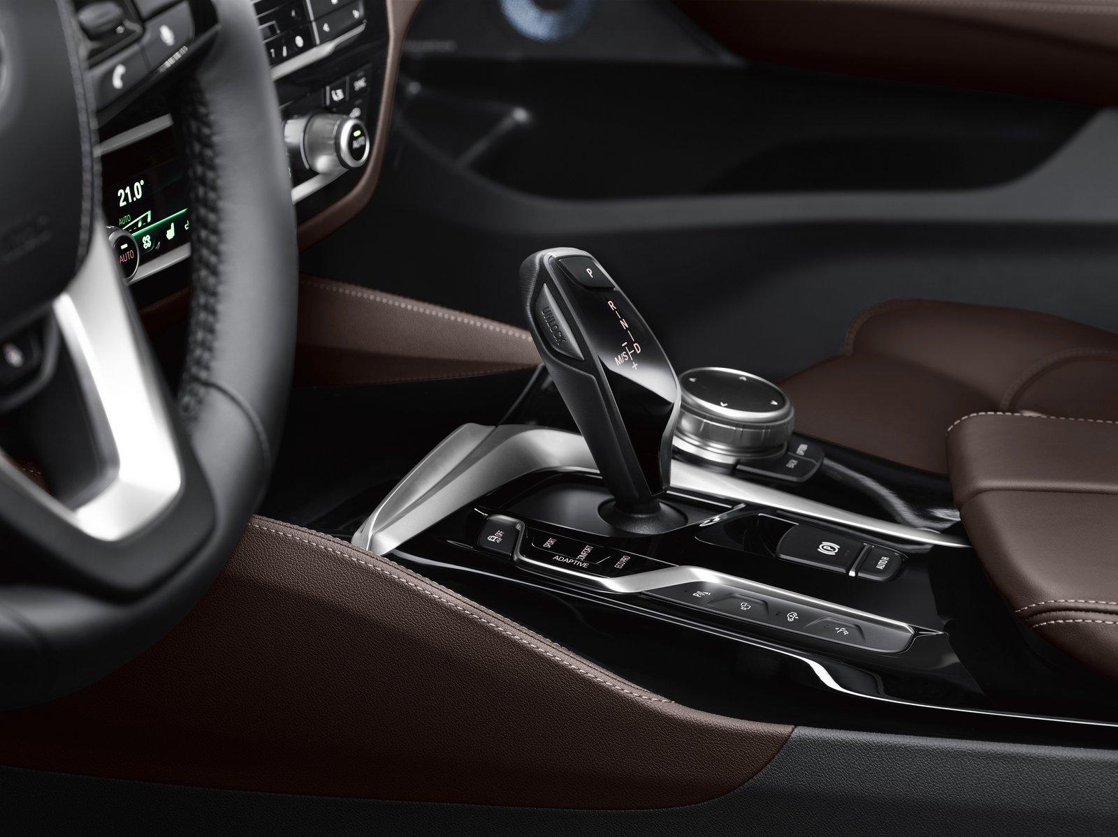 BMW 6-Series Gran Turismo (7)